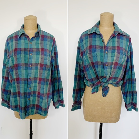 VINTAGE green plaid button up long sleeve shirt